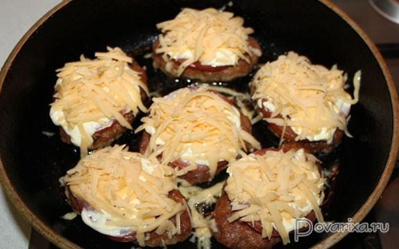 рецепт котлет в сметанном соусе в духовки пошаговый