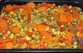 Говядина, запеченная с овощами в духовке – пошаговый фоторецепт