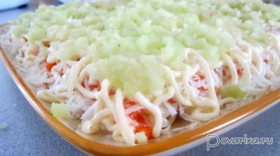 Слоеный салат креветками фото