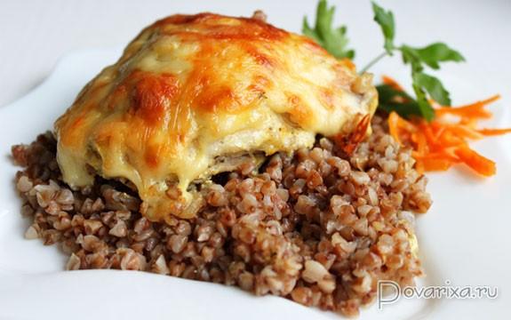 Жареная курица с гречкой в духовке рецепт