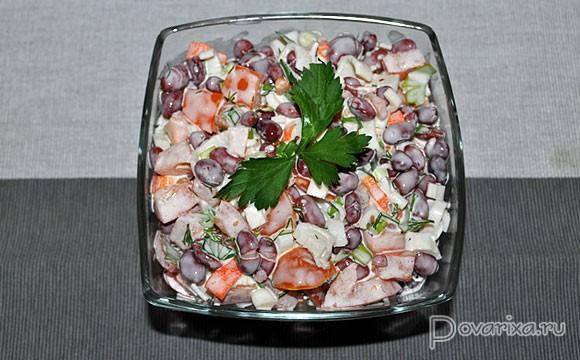 салат из крабовых палочек и фасоли консервированной