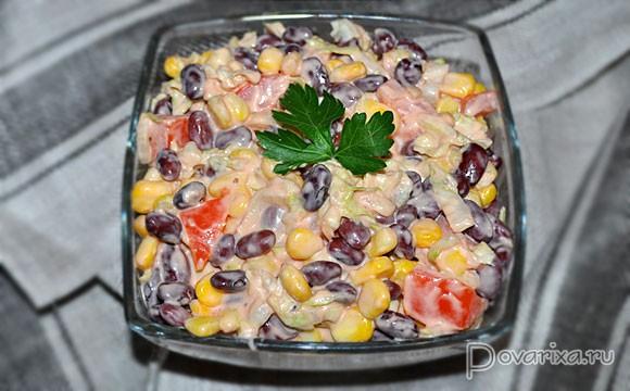 рецепт салата с кукурузой и помидорами и сыром