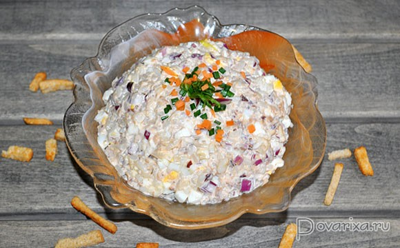 Рецепты салатов с рыбными консервами горбуша