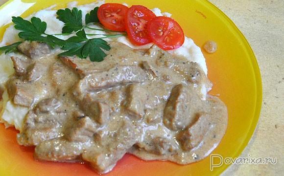 Свинина в сметане в духовке - пошаговый рецепт с фото на Повар