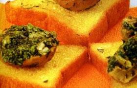 Шампиньоны с зеленым маслом