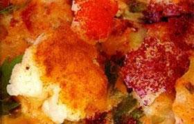 Омлет с колбасой и цветной капустой