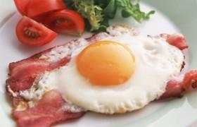 Сытный большой завтрак