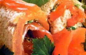 Сэндвичи-рулетики с семгой