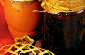 Черная смородина, протертая с сахаром