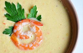 Крем-суп из креветок и курицы