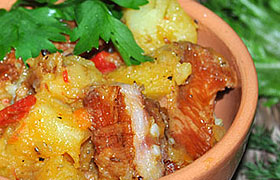 Тушеная картошка с копченостями