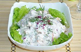 Куриный салат с йогуртовой заправкой