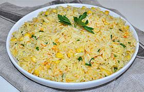 Гарнир из риса с кукурузой