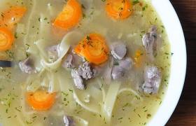 Суп-лапша с куриными потрошками