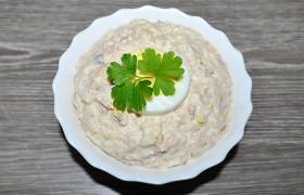 Салат из горбуши с плавленым сыром