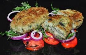 Рыбные зразы с сыром, маслом и зеленью