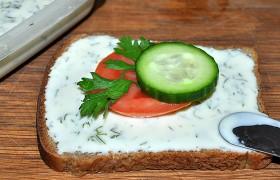 Делаем плавленый сыр из твердого