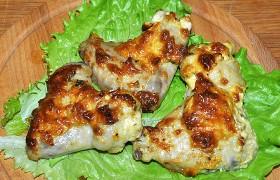Вкусные крылышки с сыром в духовке
