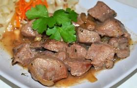 Свинина в соевом соусе с луком