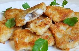 Белая рыба в панировке с сыром