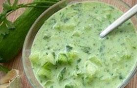 Огуречный суп с вином по-австрийски