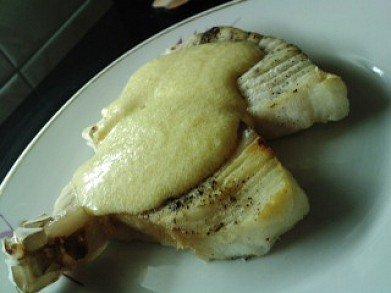 Сметанный чесночный соус для рыбы