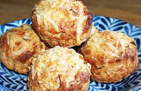 Пикантные маффины с картофелем и сыром