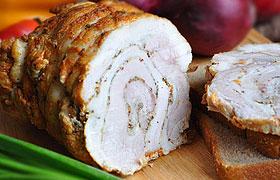 Рулет из свиной брюшины с горчицей и хреном