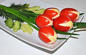 Закуска из помидоров «тюльпаны»