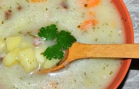 Картофельный суп с копченостями и сливками