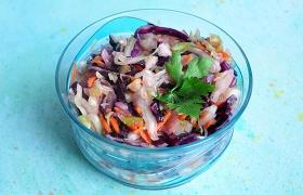 Салат из красной и белой капусты