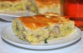 Пирог с картофелем и рыбой, тесто без подъема