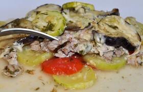 Мясо с овощами в пергаменте в духовке