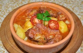 Тушеная картошка с копченым мясом