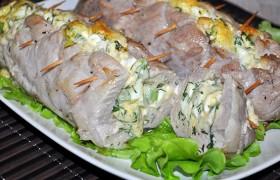 Фаршированная свиная вырезка в духовке