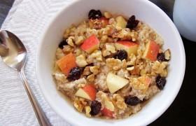 Суп с фруктами и овсянкой